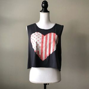 American Eagle Cropped Graphic Tank Top Size L